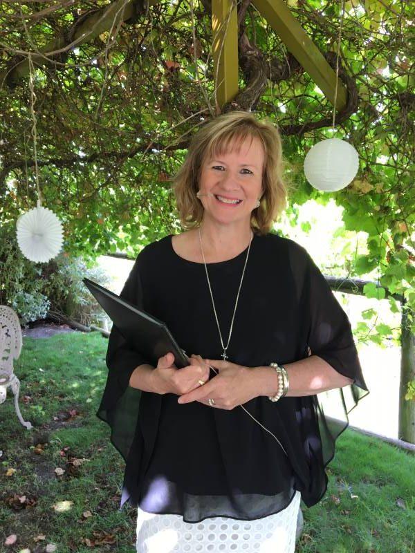 Funeral Celebrant Anne Allison Oakdale Funerals