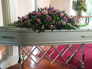pink-roses-for-oakdale-funerals
