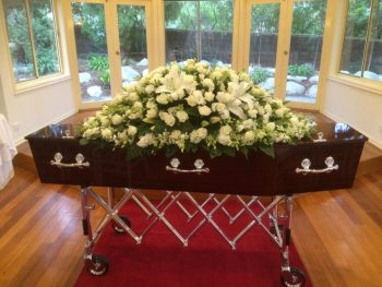 white roses for oakdale funerals